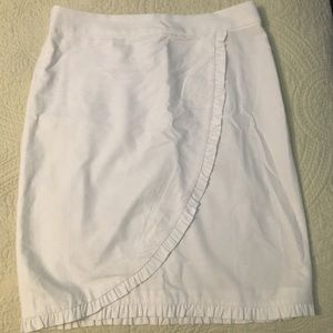 J. Crew Skirts - Jcrew skirt in excellent condition, white size 6